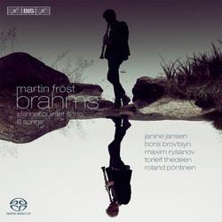 Martin Fröst plays Brahms
